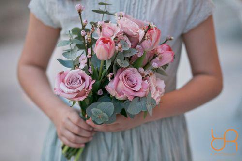 ramo bucaro rosas eucalipto